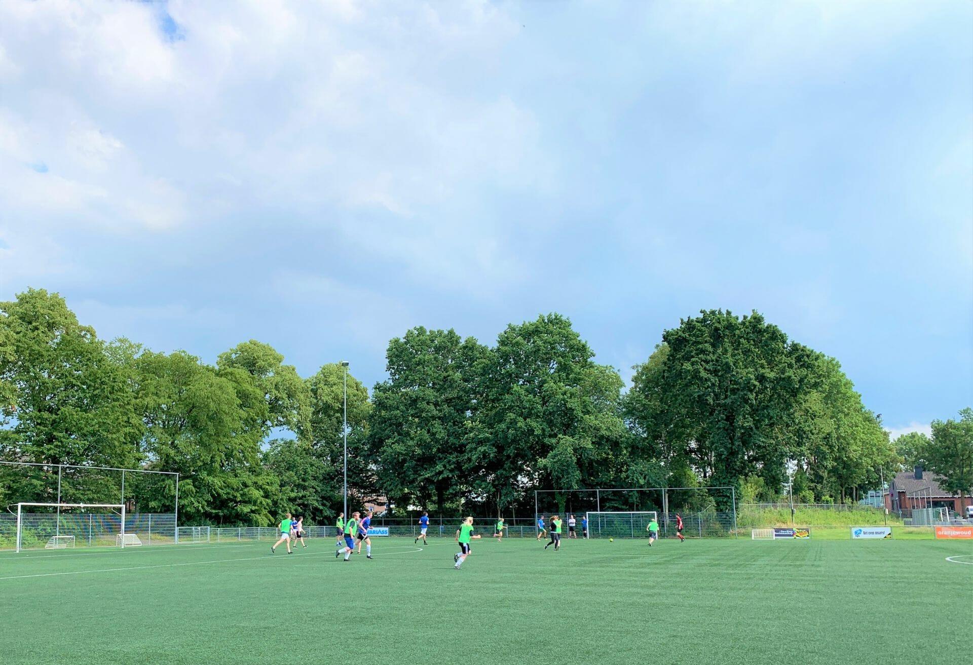 Samen voetballen
